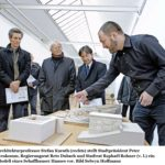 """22.01.2016: Zusammen mit Regierungsrat Reto Dubach und Stadtratskollege Raphael Rohner an der Eröffnung der Ausstellung zum """"Schaffhauser Haus"""""""