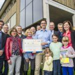 Übergabe des Preises der Solaragentur Schweiz an die Familie Zollinger Santos vom 09.10.2015