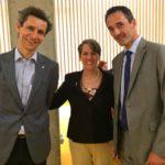 Mit der US-Botschafterin Suzi Levine in der Cilag, rechts Cilag General Manager Claudio Cescato