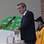 01.04.2019 Gedenkfeier 75 Jahre Bombardierung: Zusammen mit Stadtweibelin Laila Schlick in der Steigkirche