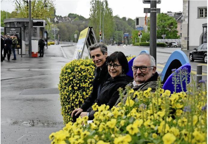 Eröffnung Sitzbank`19 mit André Müller und Karin Spörli an der Schifflände